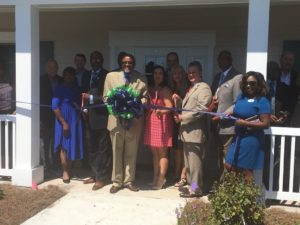 Liberty Regional Medical Center cuts ribbon on new Midway campus