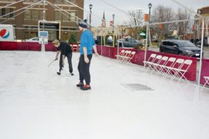 'Ice' skating rink creating a buzz | Local News