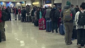 Busy Christmas travel begins across the country