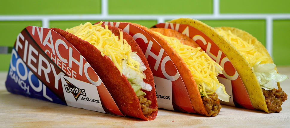 Free tacos! Nationals shortstop wins free food for everyone with World Series steal