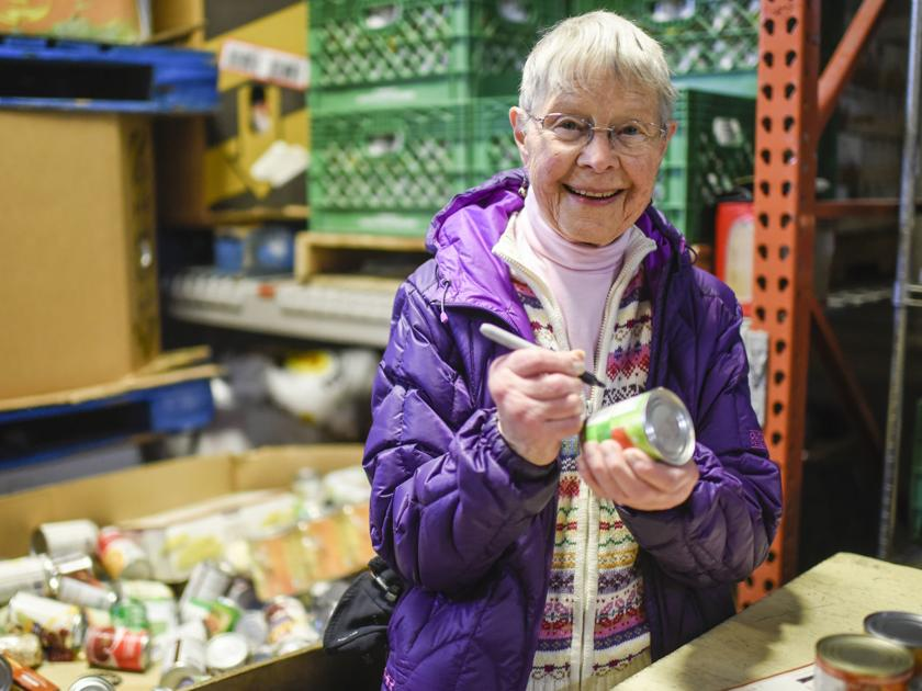 The volunteer: 89-year-old woman has been serving food bank for 26 years | News