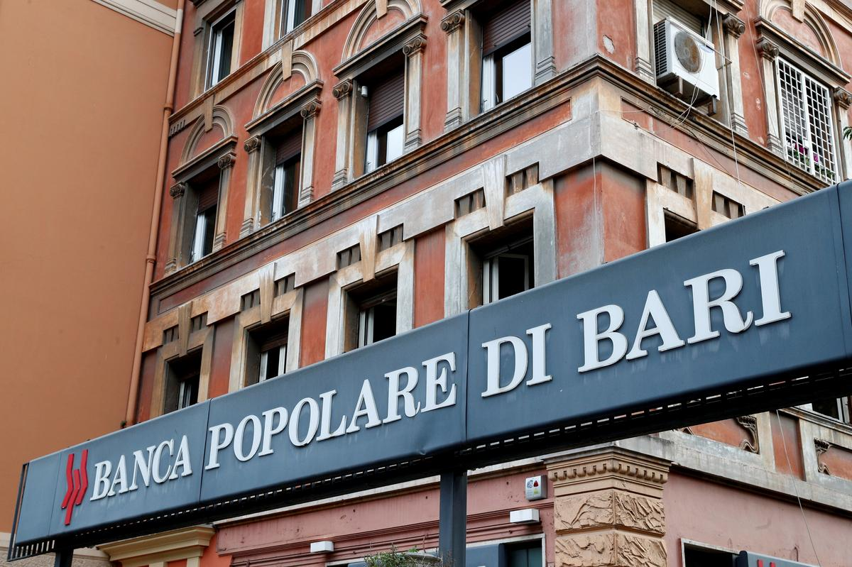 Smaller Italian banks with outdated business models at risk-Bank of Italy