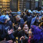 Italy's quarantine provokes panic; Italian stocks plunge