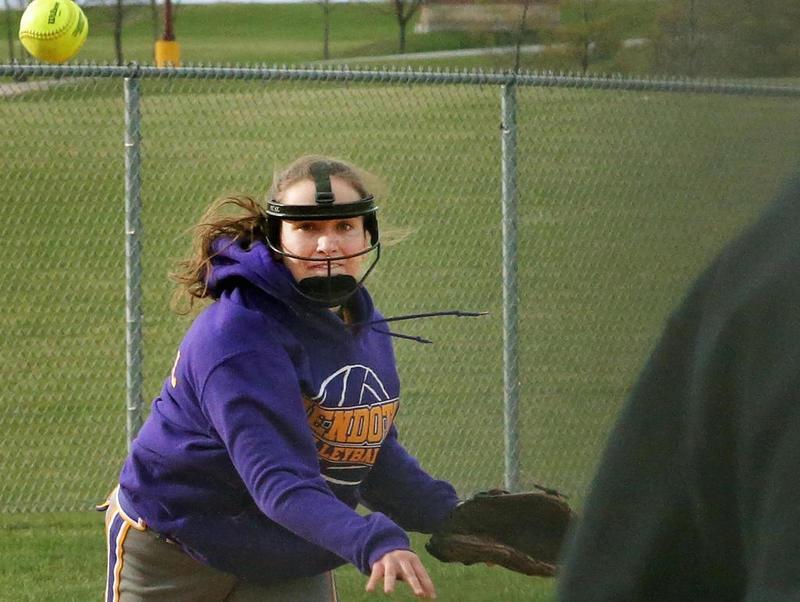 Mendota softball looks to continue regional streak