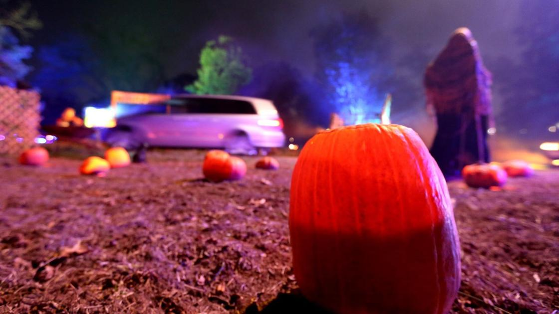 Scenes from the Grant's Farm Halloween Drive-Thru Experience - STLtoday.com