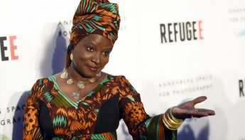 Artists sing social anthems for United Nations anniversary - Times Daily