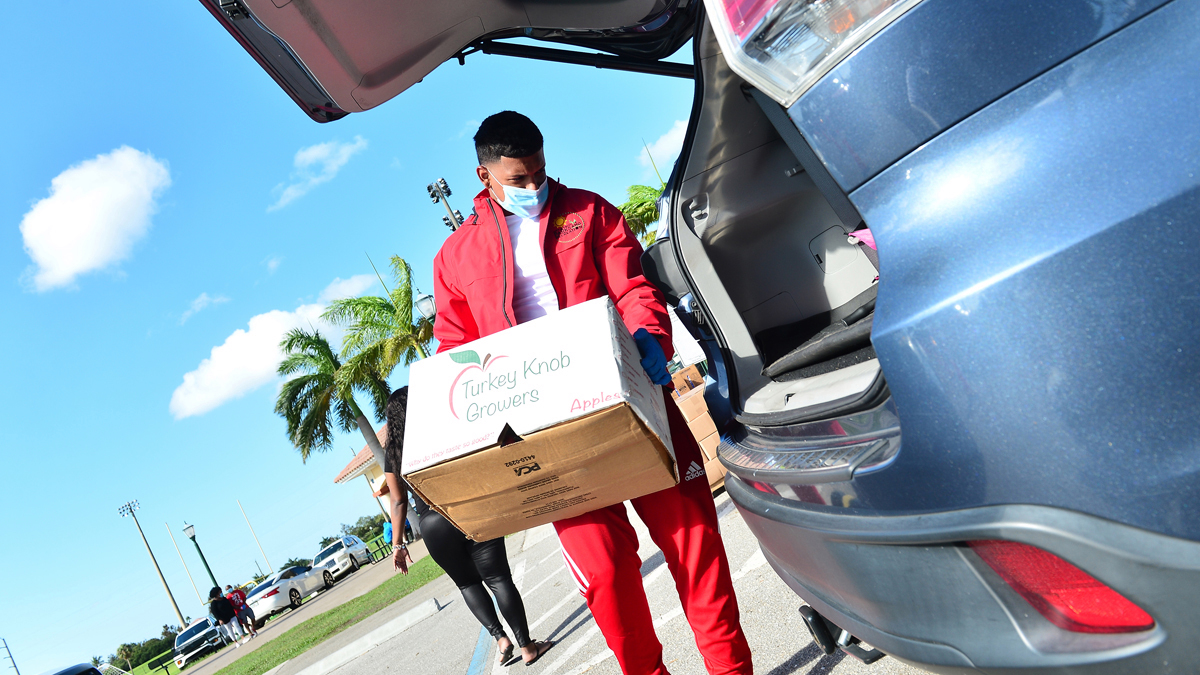 Drive-Thru Food Distribution Event Thursday Morning in Miami-Dade County – NBC 6 South Florida