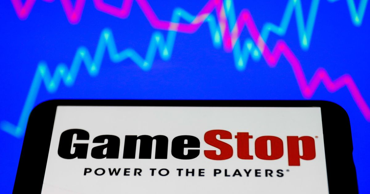 Reddit is sending AMC, GameStop stock to the moon. Here's how